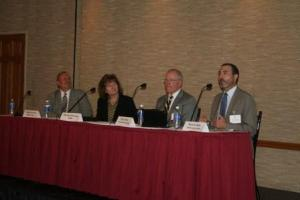 Speakers share their thoughts on the Chicago office market at BOMA/Chicago's mid-year review.