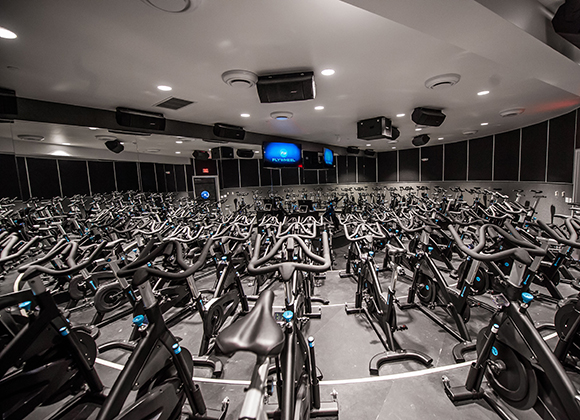 Cycling-based fitness center Flywheel Sports plans to expand in Chicago.