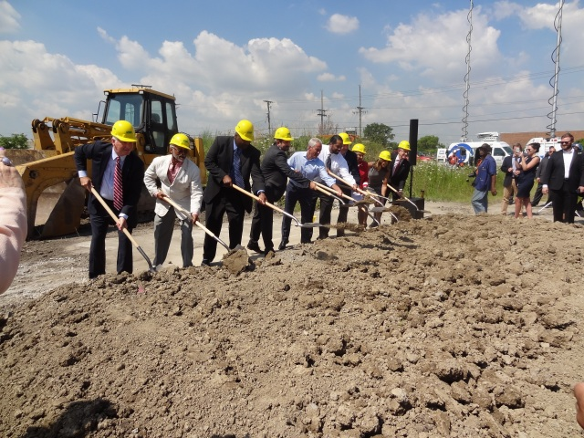 Officials, including Chicago Mayor Rahm Emanuel, kick off the construction of Whole Foods' new distribution center.