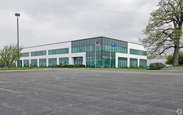 mid year industrial photo -- lakeview corporate park